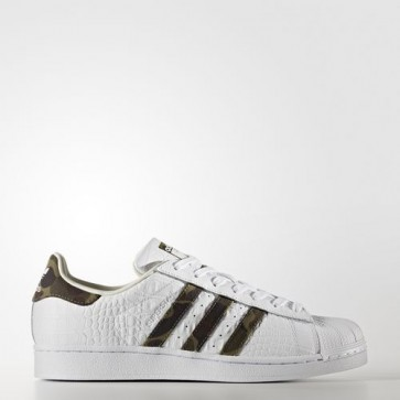 Zapatillas Adidas unisex super star foundation footwear blanco/core negro/off blanco BB2775-032