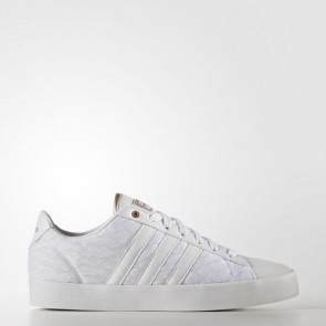 Zapatillas Adidas para mujer cloudfoam daily qt footwear blanco/copper metallic AW4010-207