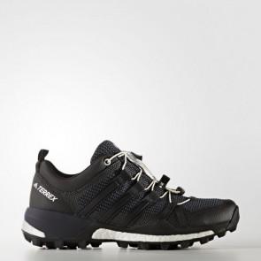 Zapatillas Adidas para mujer terrex skychaser dark gris/core negro/footwear blanco BB0945-244