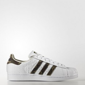 Zapatillas Adidas unisex super star foundation footwear blanco/core negro/off blanco BB2775-032