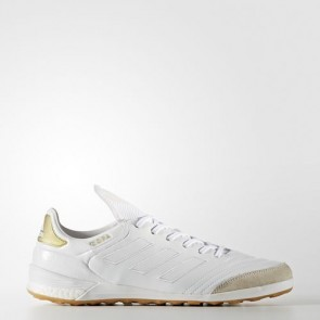 Zapatillas Adidas para hombre sala copa tango 17.1 crowning glory indoor footwear blanco/gold metallic BA7618-459