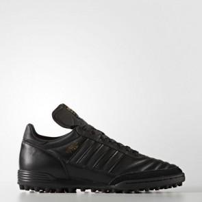 Zapatillas Adidas para hombre mundial team core negro/gold metallic BY9155-487